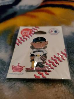 Seattle Mariners Bobble Head Pin - Officially MLB Licensed A